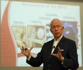 Mind-Map-conference-Singapore-2007-tony-buzan-3